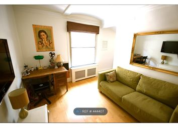 Thumbnail 1 bed flat to rent in Commercial St, London
