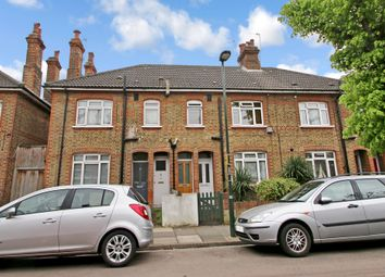 Thumbnail 1 bed flat for sale in Manor Grove, Richmond