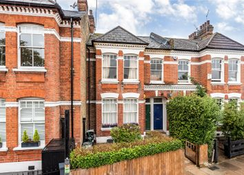 Wix's Lane, London SW4. 3 bed flat