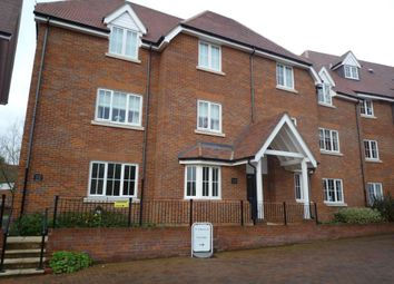 Thumbnail 2 bed flat to rent in Ford Street, Buckingham