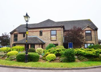 2 bed flat to rent in The Heathers, Wollaston NN29