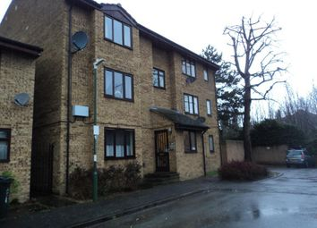 1 bed flat to rent in Dial Close, Greenhithe, Kent DA9