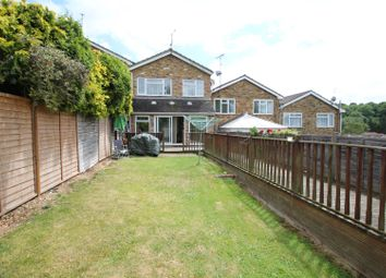 4 bed property for sale in Hill Avenue, Hazlemere, High Wycombe HP15
