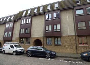 Thumbnail 2 bed flat to rent in 39/2 Lochrin Place, Edinburgh, Midlothian
