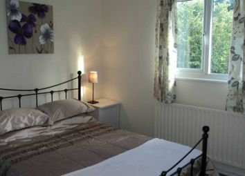 Thumbnail Room to rent in Rowan Close, Guildford