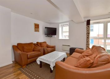 Thumbnail 2 bed flat for sale in Medway Wharf Road, Tonbridge, Kent