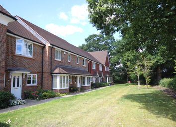 Arundale Walk, Horsham RH12. 3 bed end terrace house