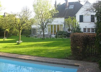 Thumbnail 6 bed villa for sale in Wasquehal, Wasquehal, France