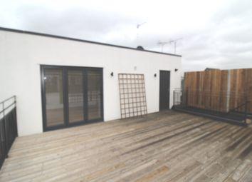 Thumbnail 2 bedroom flat for sale in Shenley Road, Borehamwood, Herts