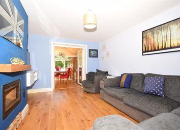 Ashford Road, Bethersden, Ashford, Kent TN26. 3 bed semi-detached house