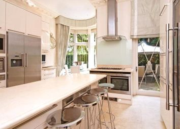 Thumbnail 7 bedroom detached house to rent in Frognal, Hampstead, London