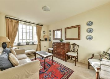 Thumbnail 1 bed flat for sale in Chelsea Manor Street, Chelsea, London