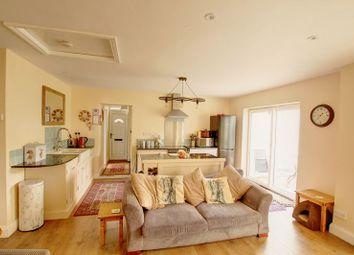 3 bed bungalow for sale in Park Avenue, Little Paxton, St. Neots PE19