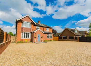 Thumbnail 6 bed detached house for sale in Top Road, Winterton, Scunthorpe