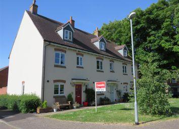 Thumbnail 4 bed town house for sale in Clover Lane, Durrington, Salisbury