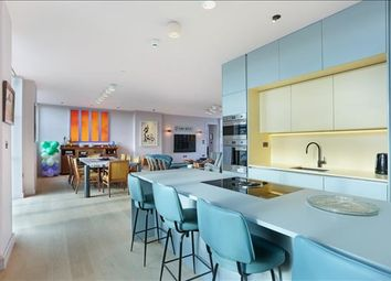 3 bed flat to rent in Long Island House, London W3