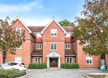 Thumbnail 2 bed flat for sale in Wychwood Place, Winchester, Hampshire