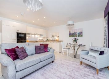 Thumbnail 2 bed flat for sale in Oatlands Drive, Weybridge, Surrey