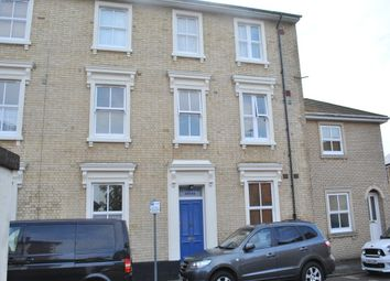 Thumbnail 2 bedroom flat to rent in New Road, Linslade, Leighton Buzzard