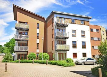 Thumbnail Flat for sale in Commonwealth Drive, Three Bridges, Crawley, West Sussex
