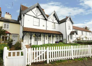 4 bed property for sale in Dury Road, Hadley Highstone, Hertfordshire EN5
