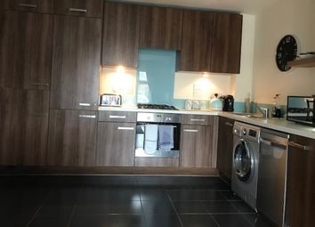 Thumbnail 2 bed flat for sale in Highgate House, Chequers Avenue, High Wycombe, Bucks, Buckinghamshire