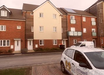 Thumbnail 3 bed property to rent in Austin Road, Dunstable
