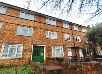 Thumbnail Flat for sale in Brodia Road, Stoke Newington, London