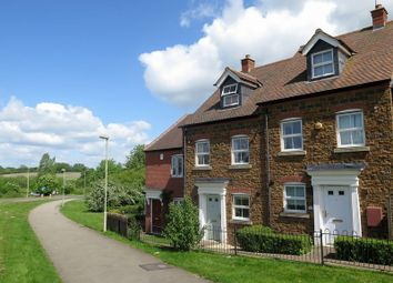 Thumbnail 3 bed town house for sale in Lord Fielding Close, Banbury