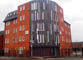 Thumbnail Room to rent in Boundary Lodge, Boundary Lane, Hulme, Manchester