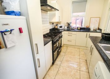 Thumbnail 5 bed terraced house to rent in All Bills Included, Winston Gardens, Headingley