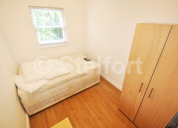 Thumbnail 4 bedroom flat to rent in Junction Road, Archway, Tufnell Park. London