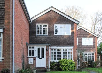 Thumbnail 3 bed link-detached house for sale in Stuart Close, Warwick