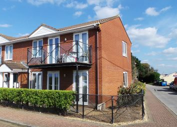 Thumbnail 2 bed flat to rent in Beach Road, Kewstoke, Weston-Super-Mare