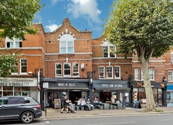 Hill Crest, Upper Brighton Road, Surbiton KT6. 1 bed flat