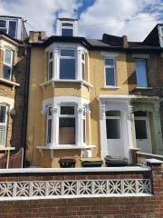 Thumbnail 5 bed terraced house to rent in Grove Green Road, Leytonstone