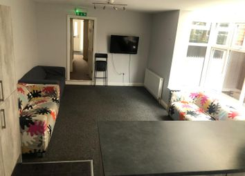 Thumbnail 8 bed shared accommodation to rent in Ash Grove, Hull