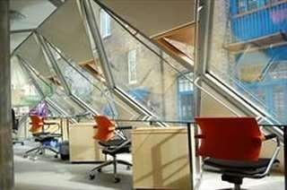 Thumbnail Serviced office to let in Queen Elizabeth Street, London