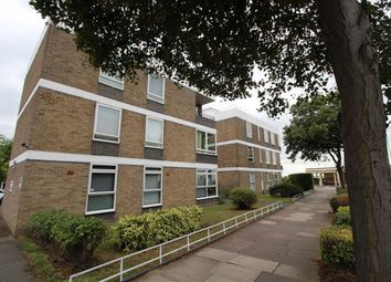 Thumbnail 2 bed flat to rent in Chalkwell Avenue, Westcliff-On-Sea, Essex