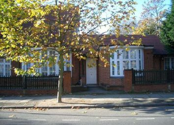 3 bed maisonette to rent in Wadham Gardens, London NW3