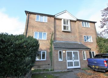 2 bed flat to rent in George Street, Chelmsford CM2