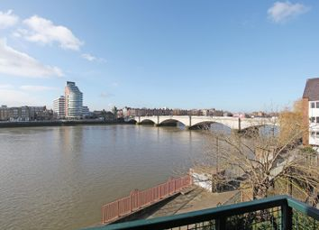 Thumbnail 2 bed flat to rent in Chantry Court, Carrara Wharf, Fulham