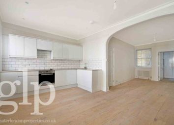 Thumbnail 2 bed flat to rent in Shaftesbury Avenue, Soho