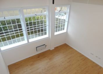 Thumbnail 1 bed flat to rent in Silks Way, Braintree