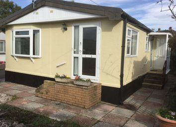 Thumbnail 2 bed mobile/park home for sale in Crossley Moor Road, Kingsteignton, Newton Abbot