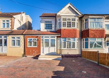 Thumbnail 3 bed flat to rent in Turner Road, Edgware
