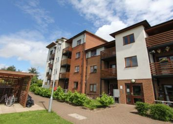 2 bed flat to rent in John North Close, High Wycombe HP11
