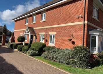 Thumbnail 2 bedroom flat to rent in Dunnell Close, Lowe Sunbury