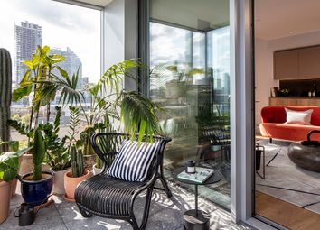 Thumbnail 1 bedroom flat for sale in Nile Street, London