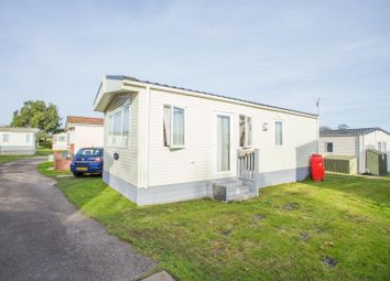 2 bed mobile/park home for sale in Manston Court Road, Margate CT9